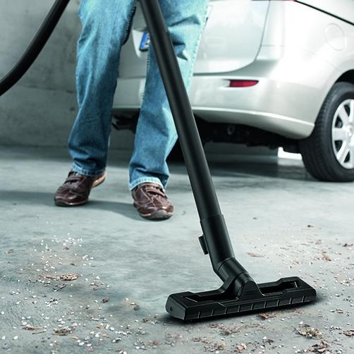 Newly developed: floor nozzle and suction hose