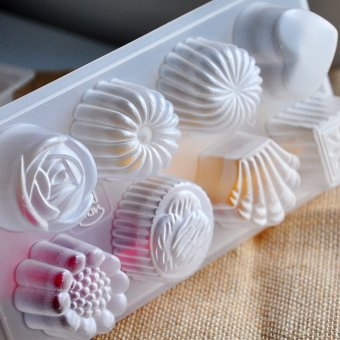 Harga Atom jelly mold snowy moon cake mold (with rose flowers shape) 2 INTO the pudding MOLD SN30914