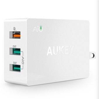 Harga AUKEY PA-T2 Quick Charge 2.0 USB Wall Charger 3 Port Smart Fast Turbo Mobile Charger For iPhone7 Samsung Galaxy s6 Edge Xiaomi (UK Plug) - intl