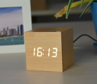 Harga Creative voice alarm clock wood clock led clock electronic clock cute luminous clock bedside alarm clock student mute temperature