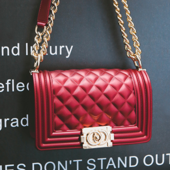 Bag female 2017 New style tide Jelly bag Korean-style wild messenger small fragrant wind quilted chain bag handbag shoulder bag (Wine red color large)