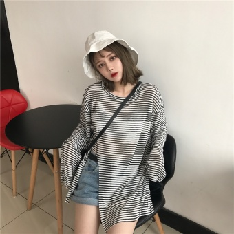 Hong Kong style T-shirt female loose Harajuku ulzzang wild does not rule striped chic Han Feng Top sun shirt blouse (Black)