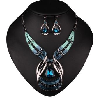 Hequ Charminng Perhiasan Palsu Nail Protection Simpul Mahkota Source · Protection Bowknot Crown Crystal Finger Nail