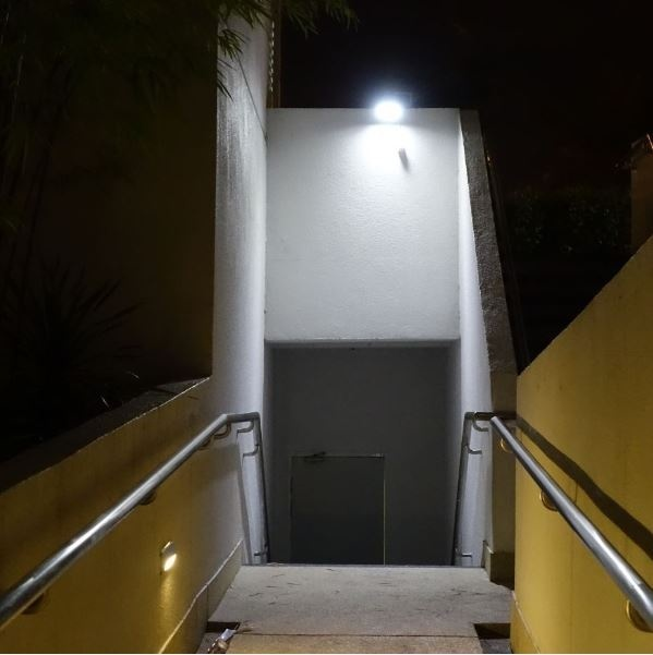Solar Lights Lazada: Solar Light Mart Solar Guardian 580X Security Floodlight